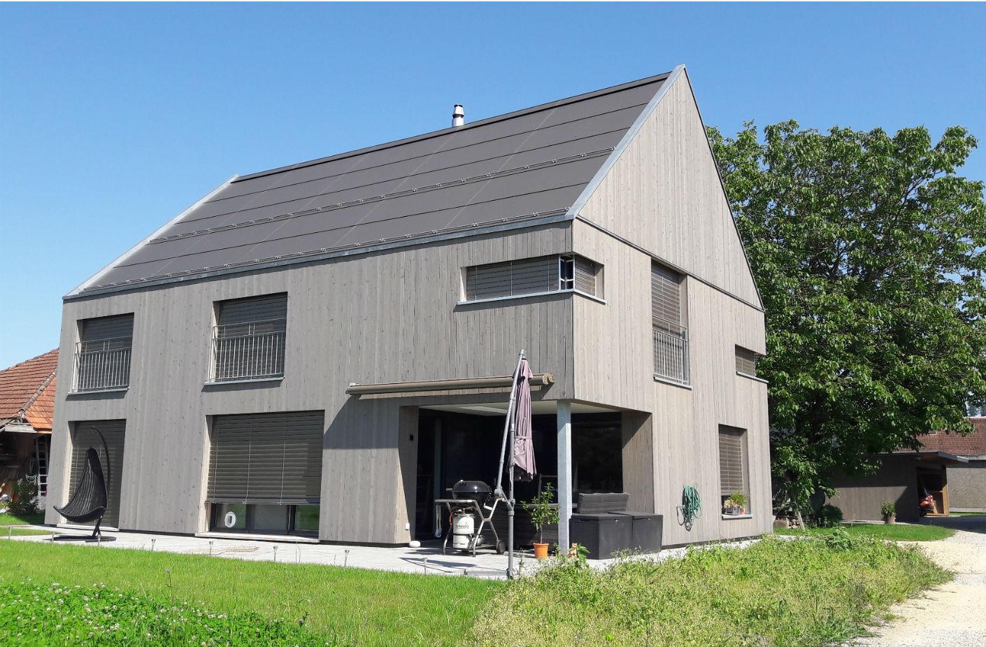 Neubau einfamilienhaus m ller aarberg for Neubau einfamilienhaus